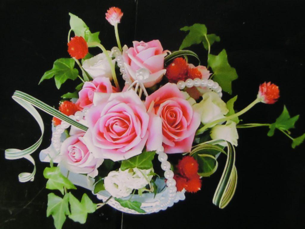 生花 ピンクのバラのアレンジ